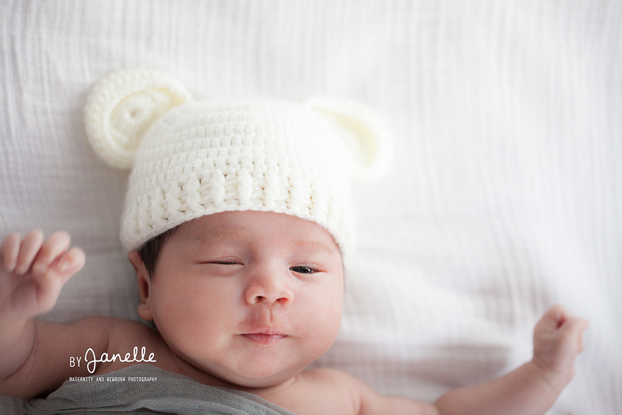 Blog 5 29 15 newborn photography hong kong 10